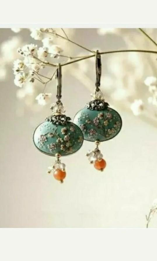 Asian vintage design turquoise gold beaded fashion earrings