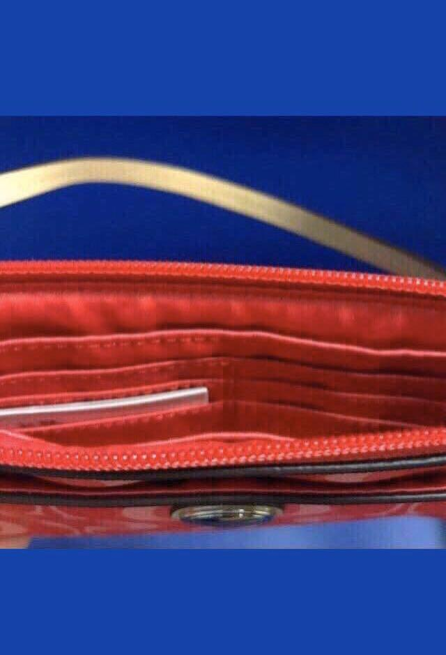 Brand new 100% Guarantee Authentic, Genuine Coach Peyton Dream C Large Wristlet with tag ready stock