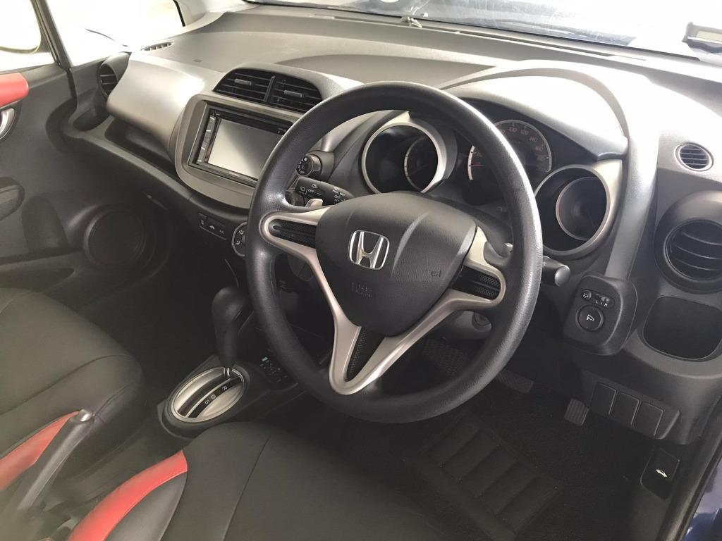 Honda Jazz Sunday Special!!! *JUST IN* We have lowered rental rates due to Coronavirus for you to travel with a peace of mind. Fuel efficient & Spacious. Just $500 Deposit driveoff immediately. No hidden cost. Whatsapp 8188 8616 now!
