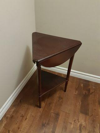 Extendable Wooden End / Side Table