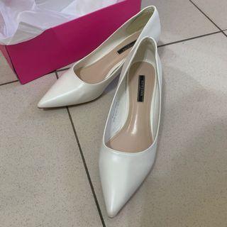 尖頭質感白高跟鞋 五公分 氣質珍珠白 啞光軟皮38號