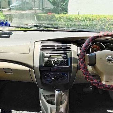 2010 Nissan GRAND LIVINA IMPUL 1.6 (A) DEPO 3990 LOAN KEDAI KERETA.