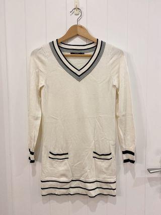 香港品牌Theme長版上衣毛衣裙針織連身裙針織洋裝包臀洋裝內搭V領基本款#大地色