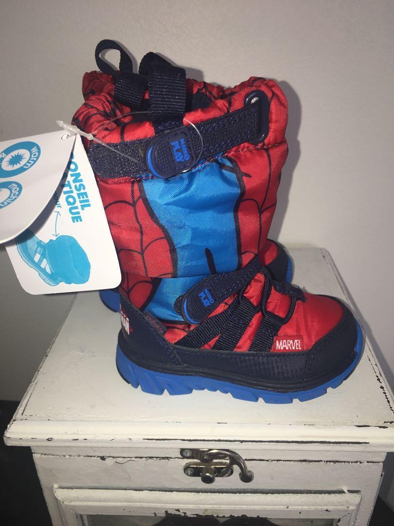 BNWT Stride rite Marvel Spider man infant winter boots sz 4
