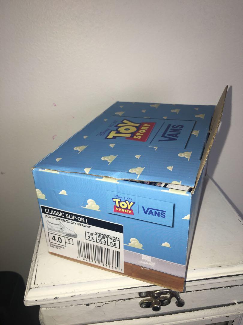BNWT Vans Toy Story Buzz lightyear infant shoes sz 4