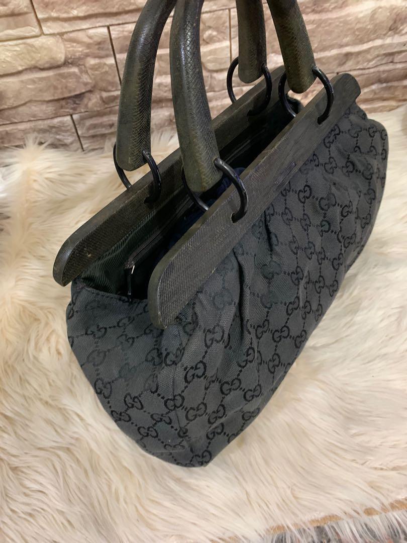 Gucci wooden bag jinjing, authentic, kanvas mix wood n leather, 35 cm x 20 cm x 9 cm, bag only, kondisi 90% OK