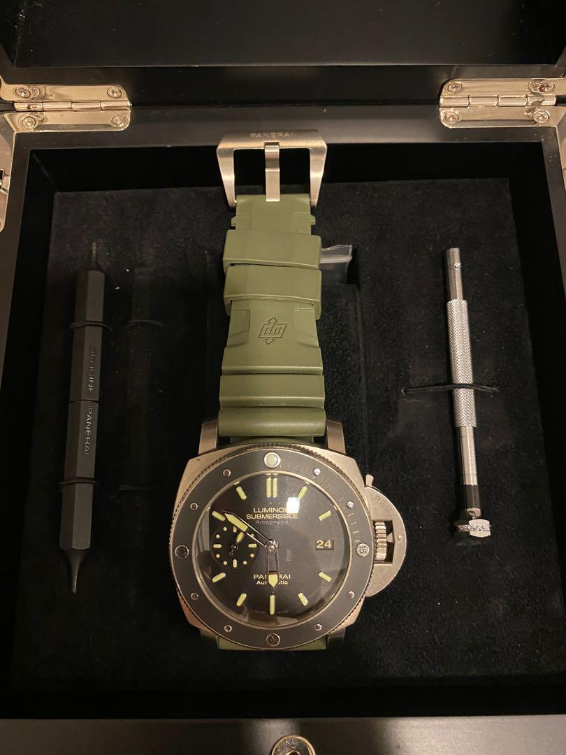(FS or Trade)  Panerai Luminor Submersible 1950 3 Days Automatic ( Pam 389 ) Discontinued (Free 1 time Servicing / Polishing in Panerai Singapore)