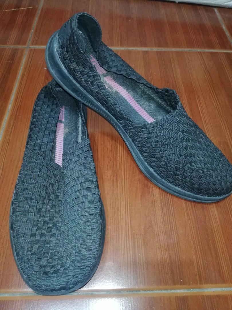 Tek Gear Size 9.5 Women Slip-On Shoes