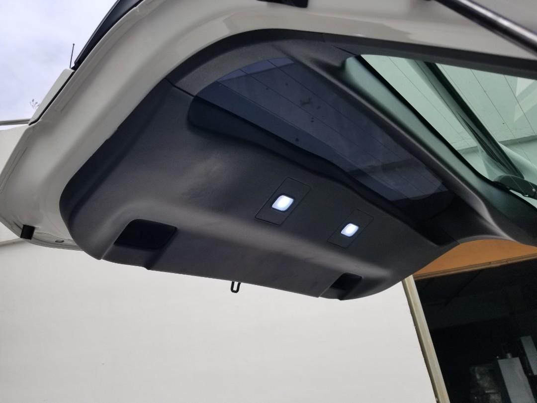 Toyota Prius 1.8 Hybrid S Auto