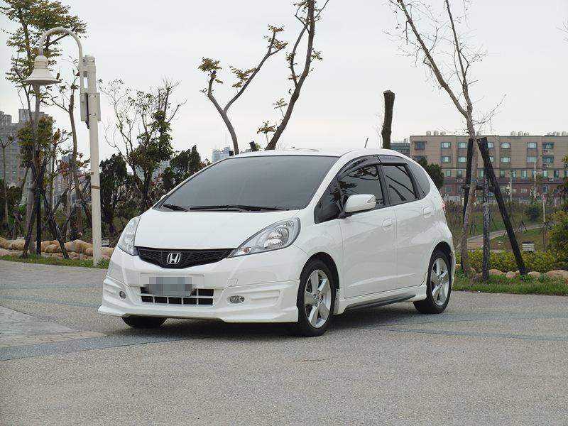 2012/本田/FIT/1.5cc/白