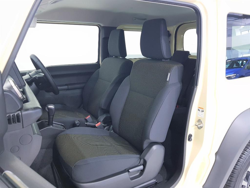 Suzuki Jimny Sierra 1.5 JC Auto