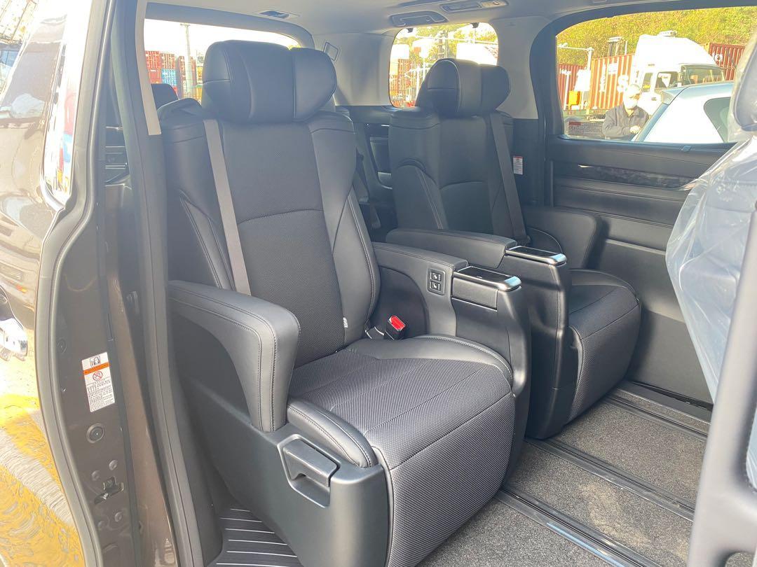 Toyota Alphard 3.5 SA 7-Seater (A)