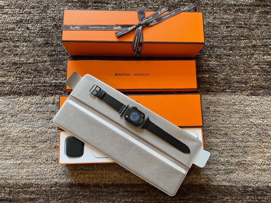 Brand New Apple Watch Hermes Series 5 Space Black 40mm Single Tour Limited