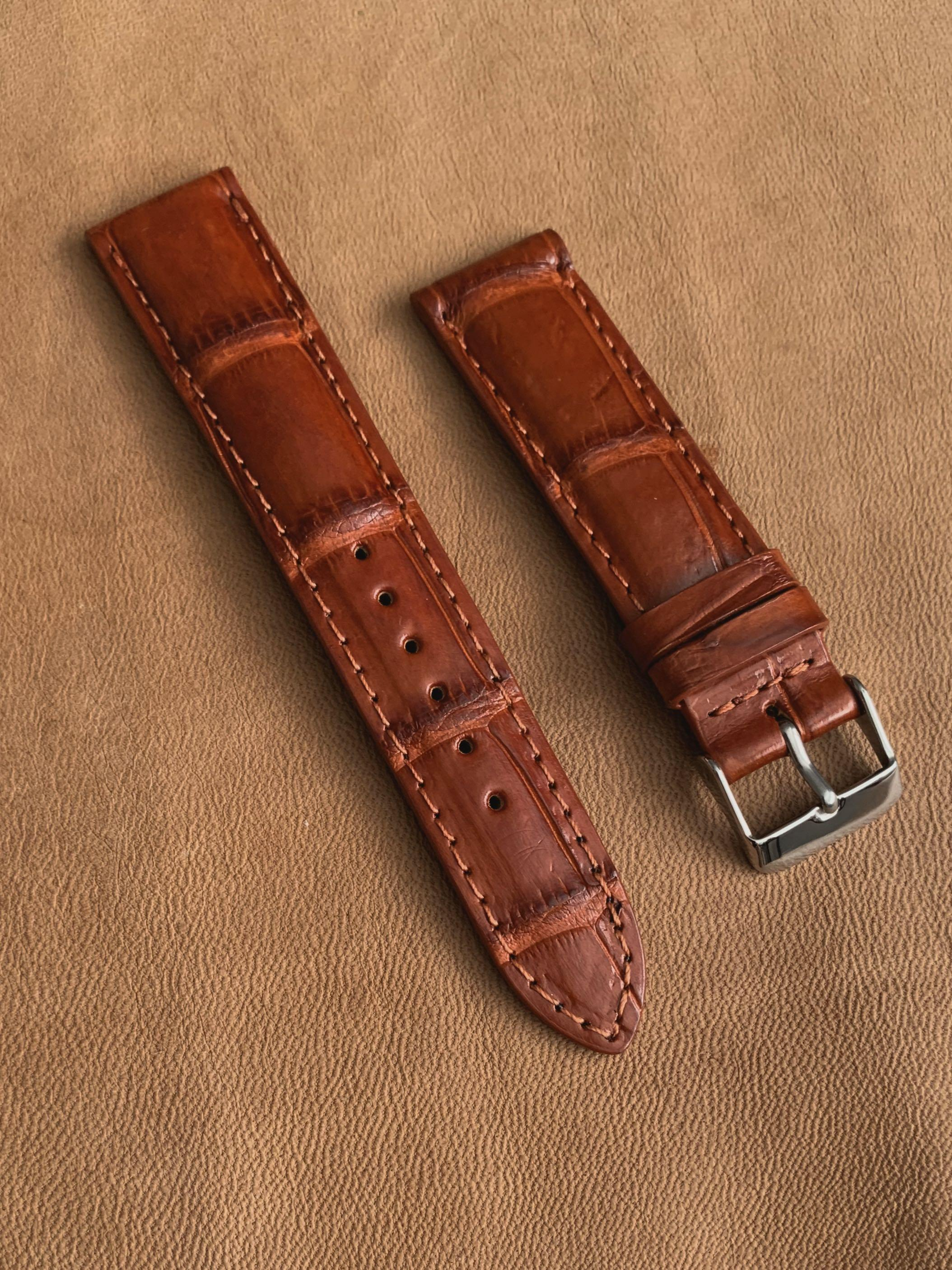 [SOLD] 20mm/18mm Antiqued Mahogany Brown Scales Crocodile Alligator Watch Strap (one of a kind, once sold, no more 🙏🏻😊) 20mm@lug/18mm@buckle  20mm/18mm     Standard length: L-120mm,S-75mm