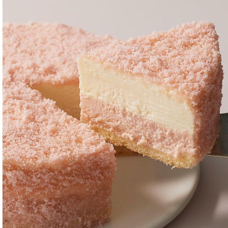 Letao洋菓子草莓雙層芝士蛋糕, 嘢食& 嘢飲, 即食餐- Carousell