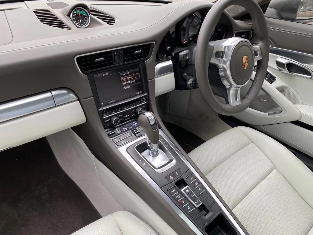 Porsche 911 3.8 Carrera S PDK (A)