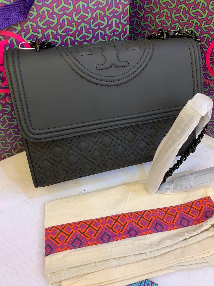 Ready stock authentic Tory Burch Matt black convertibles sling bag crossbody handbag uhhhbbhjn