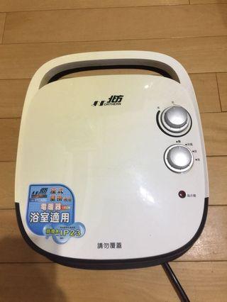 北方電暖器(座式、壁掛兩用)浴室適用