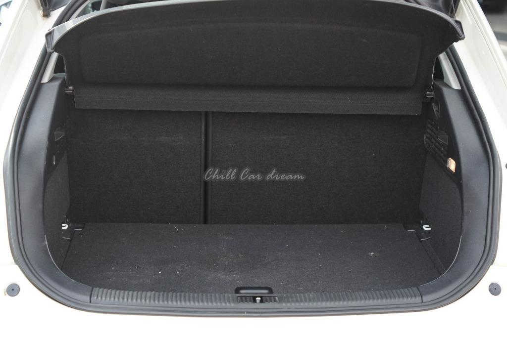 2011年 AUDI A1 車況好 (賞車加賴 la891121)