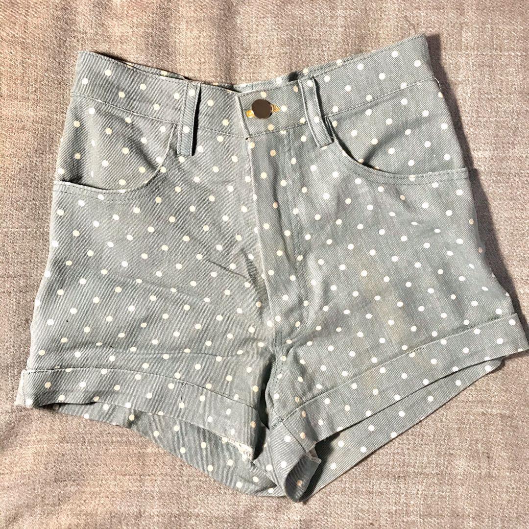 AMERICAN APPAREL vintage blue polka dots cuffed shorts