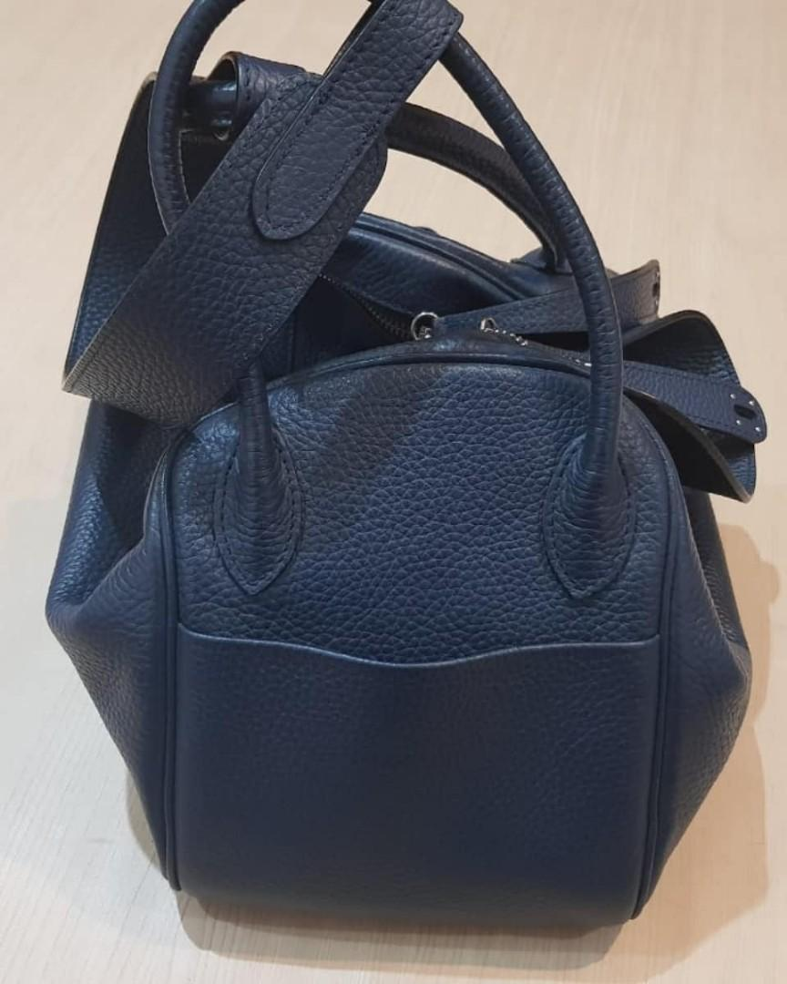 H3rmes lindy Genuine Leather with serial number size 32 x 21 x 6 cm Mirror Quality warna navy Like New