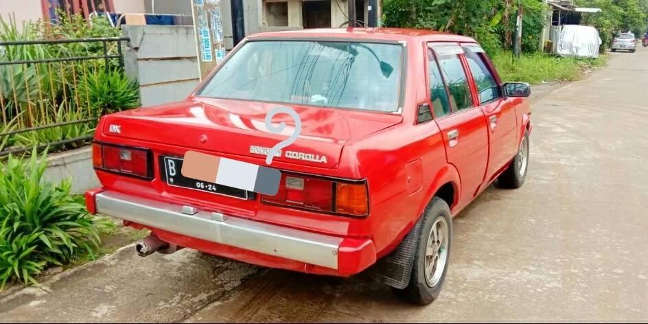 [Edisi Turun Harga] Mobil Antik Retro KE 70 Toyota Corolla DX 1981