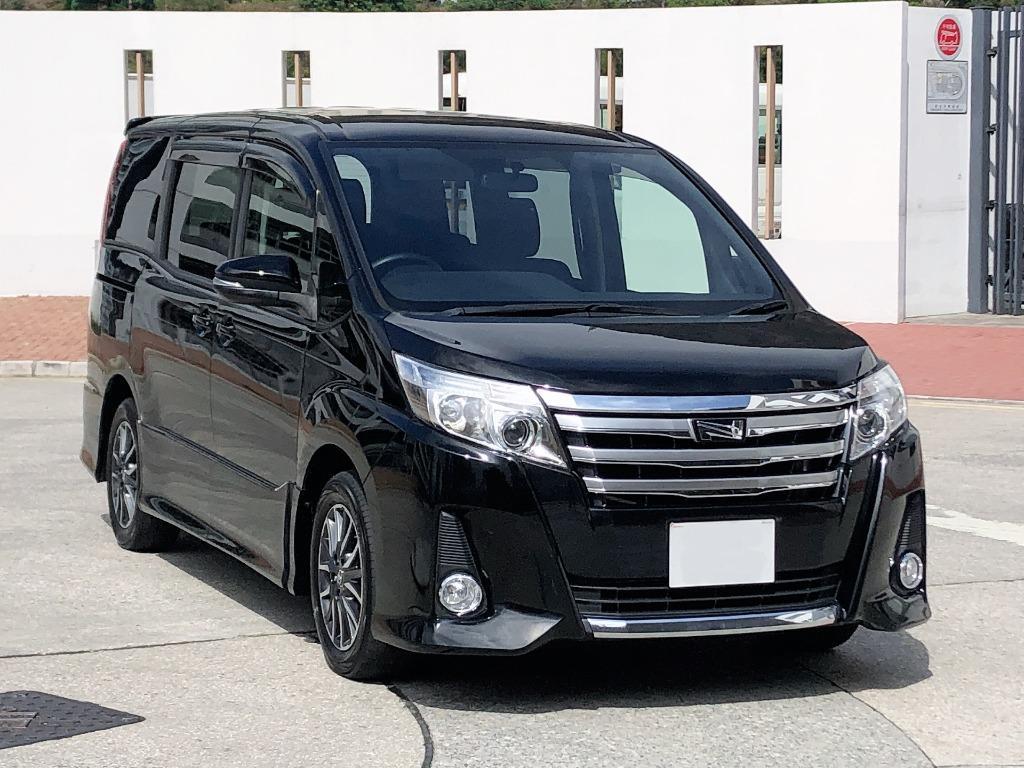 Toyota    NOAH SI 2.0   2015 Auto