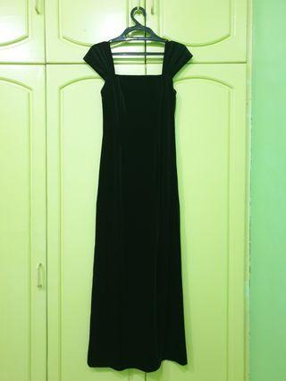 Long Evening gown black velvet