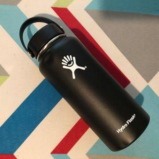 Hydro Flask Wide Mouth Water Bottle (with dent) 32 oz
