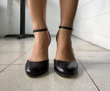Authentic Nine West Heels
