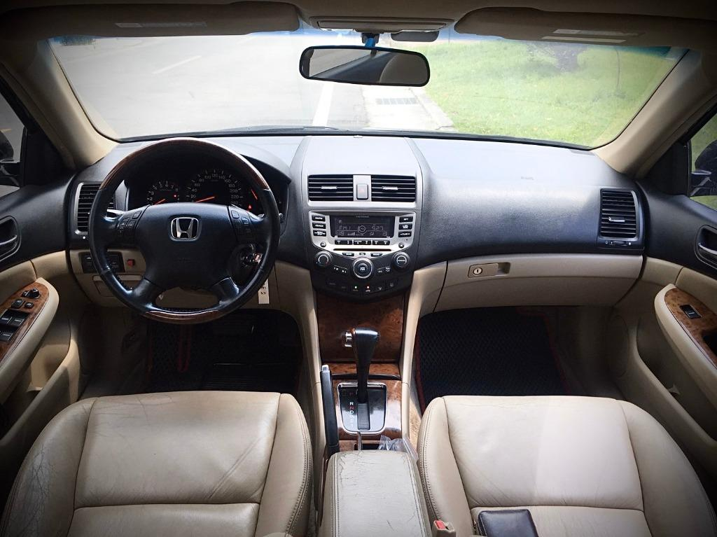 2005年 Honda Accord 3.0 黑