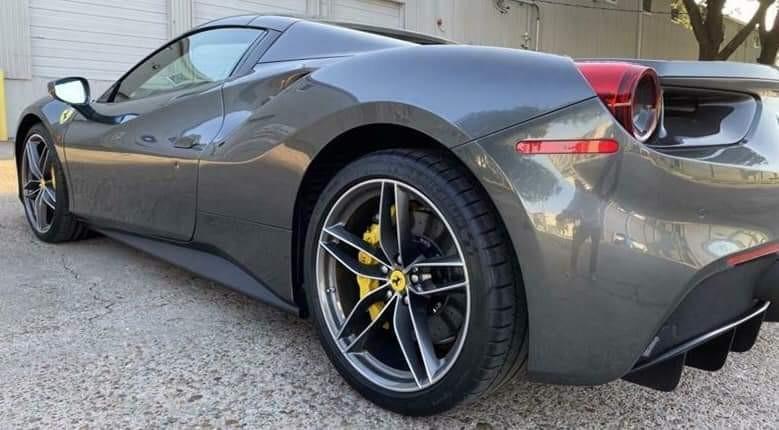 Ferrari 488 GTB Auto