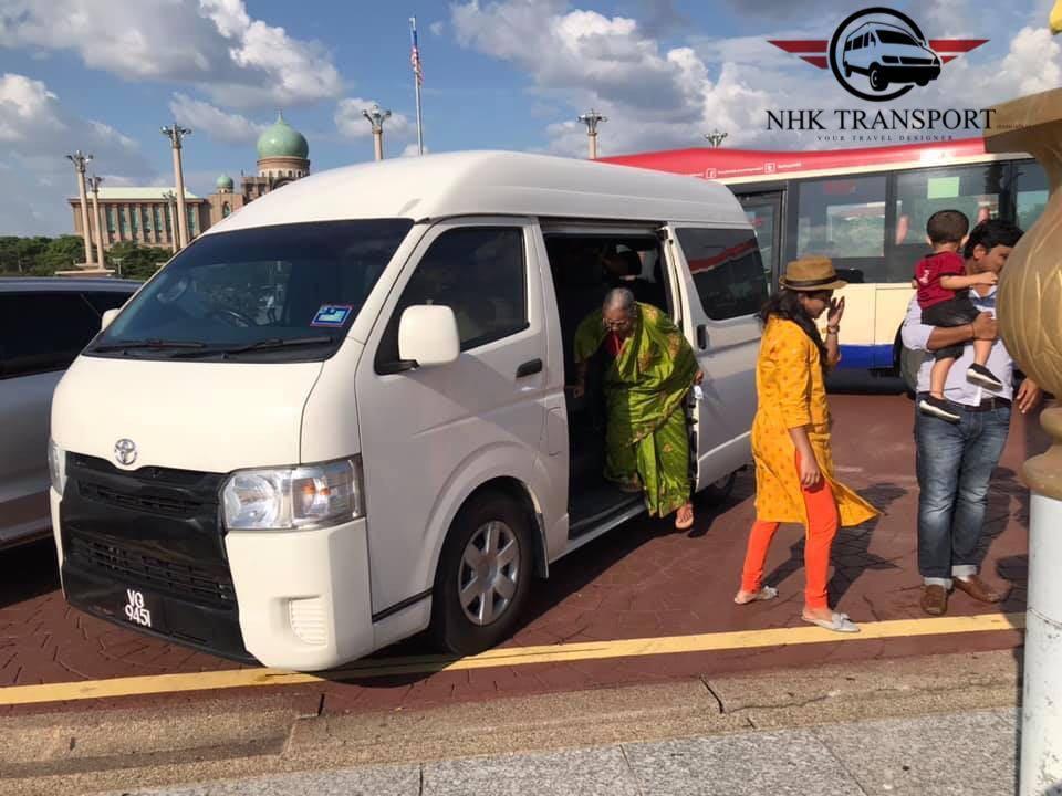 Kl city tour / genting highlands tour / airport transfer