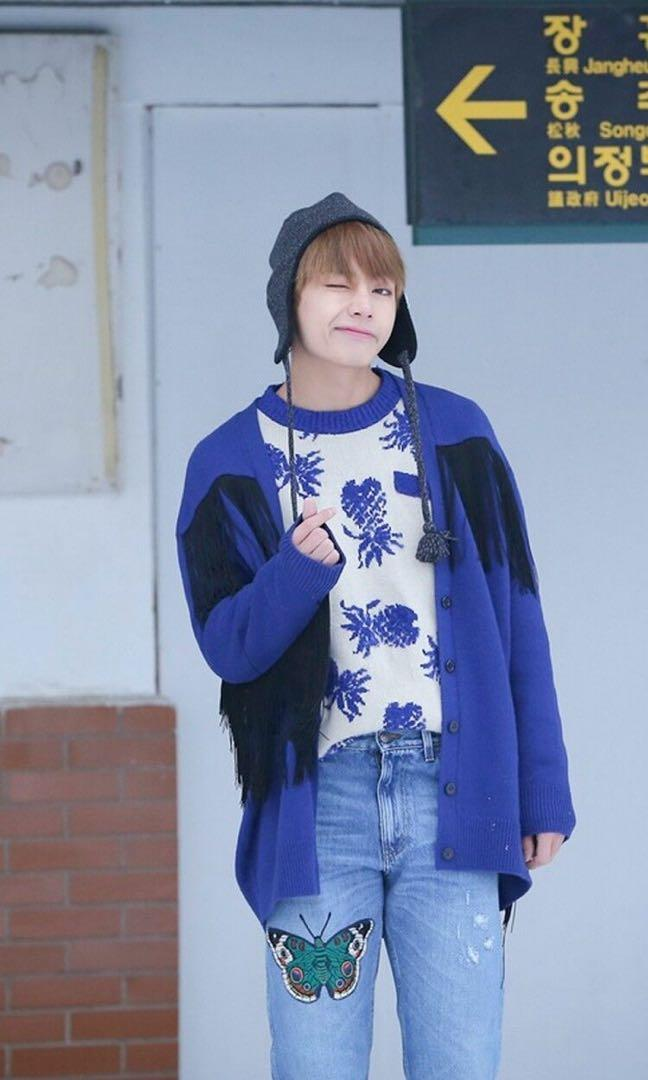 [Ready-stock] BTS 20Cm Doll Taehyung In Spring Day Outfits