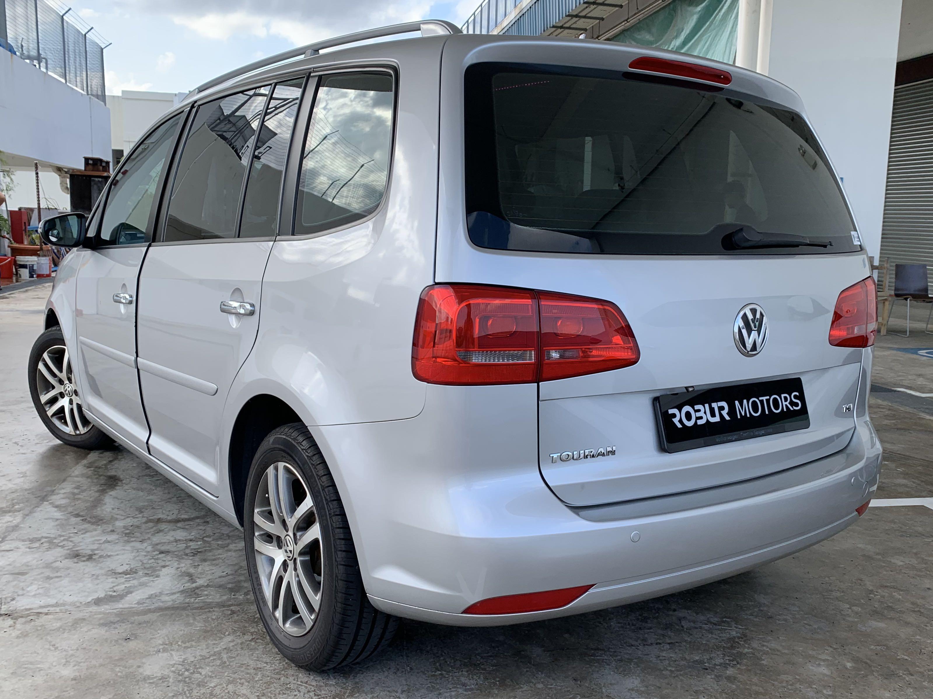 Volkswagen Touran 1.4A TSI (Cheap PHV Car Rental for Grab/ Gojek/ Tada/ Ryde)