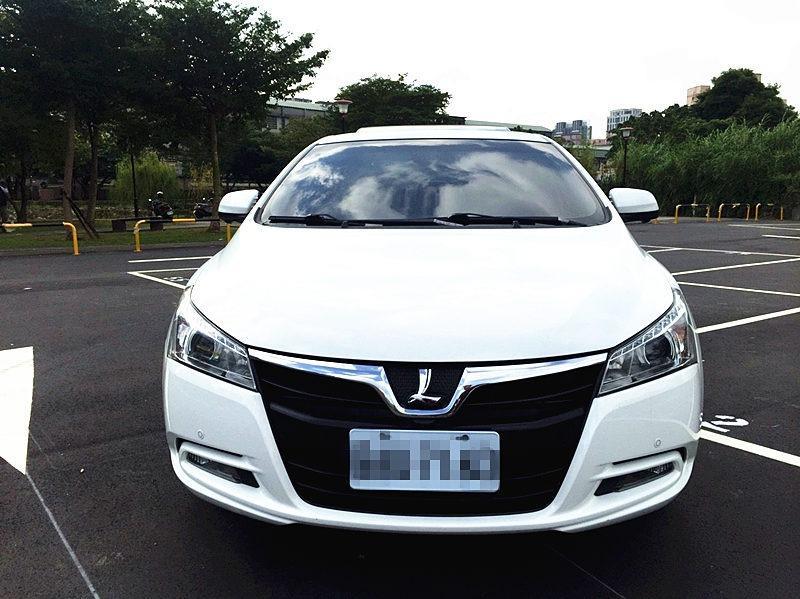 貼心小婕選好車~12年 Luxgen S5