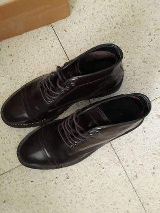 Vigos Boots. Kulit Asli