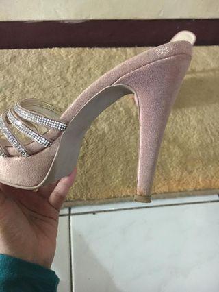 Sepatu pesta - Pink
