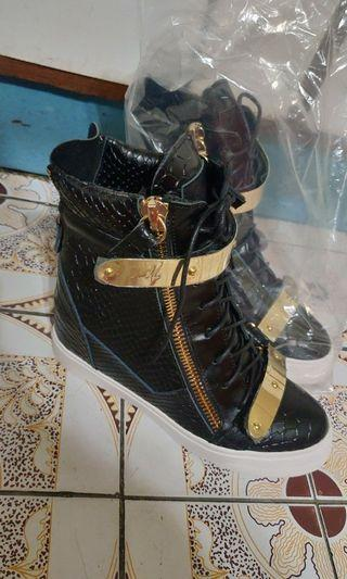 madeinitaly 內增高鞋