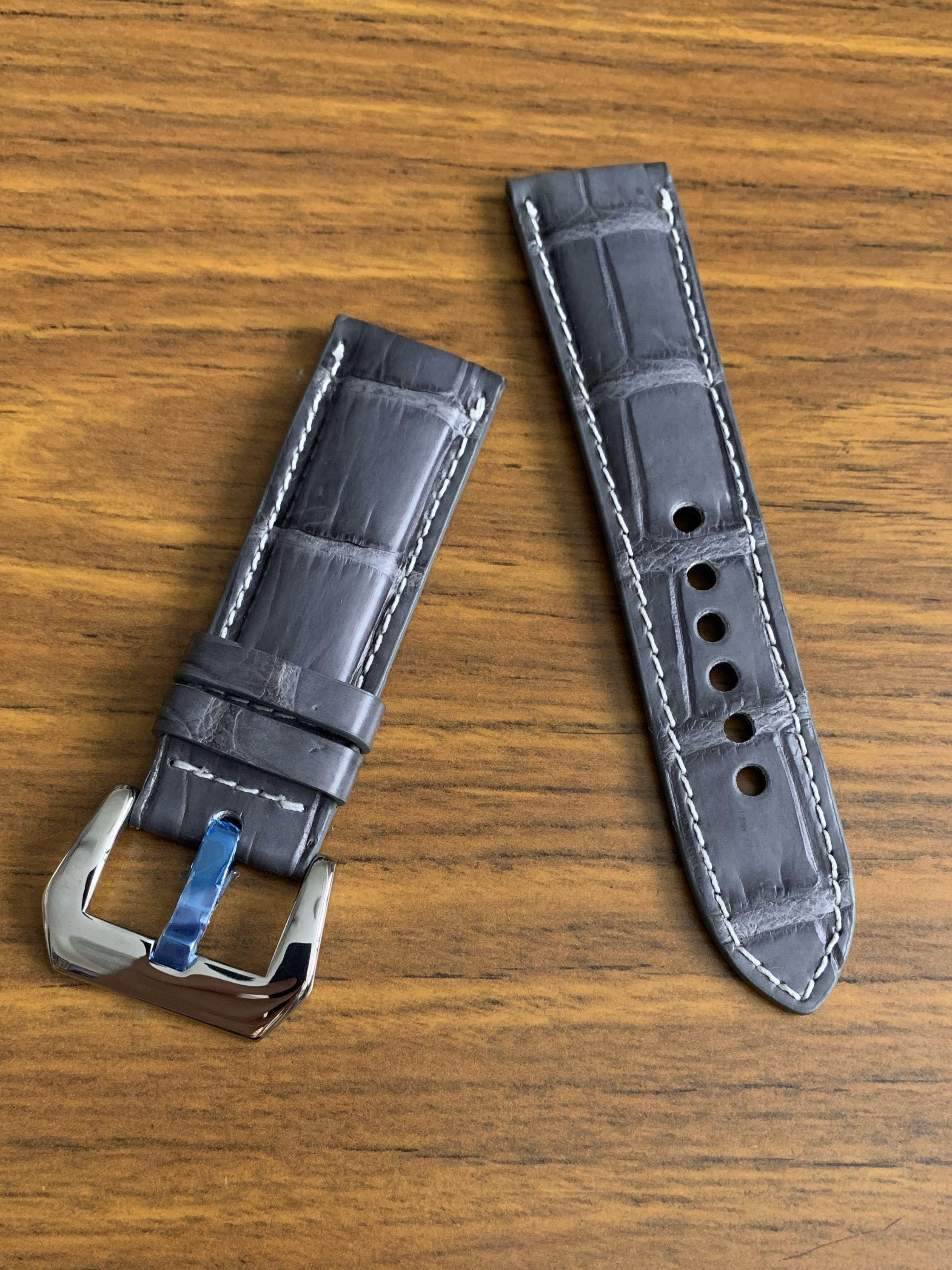24mm/22mm Authentic Grey Beautiful Alligator 🐊 Crocodile Watch Strap in White Stitching (only one piece, never coming again 👍🏻😊) Standard length- L-120mm, 75mm