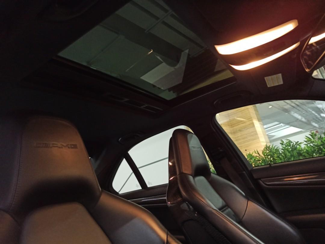 Mercedes-Benz C63 AMG Auto