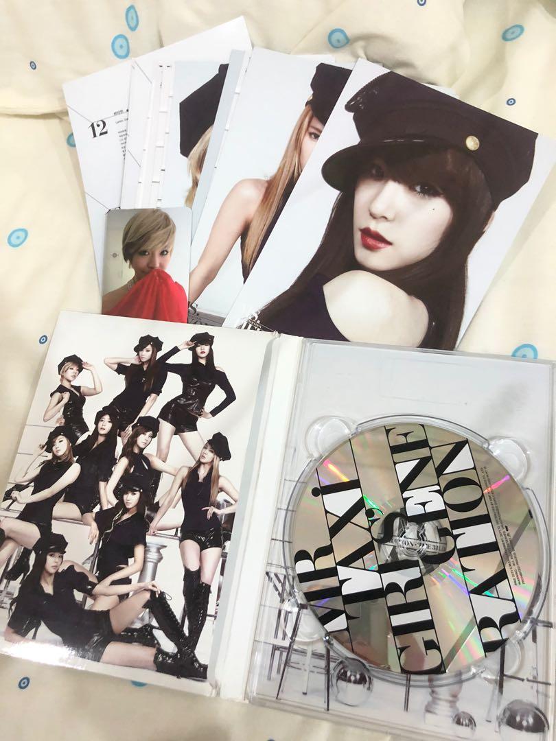SNSD GIRLS GENERATION ALBUM ( MR TAXI) the 3rd album + SUNNY PHOTOCARD