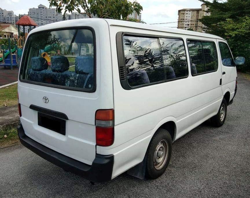 Toyota Hiace 3.0 (M)  14Seaters Window Van Diesel High Roof