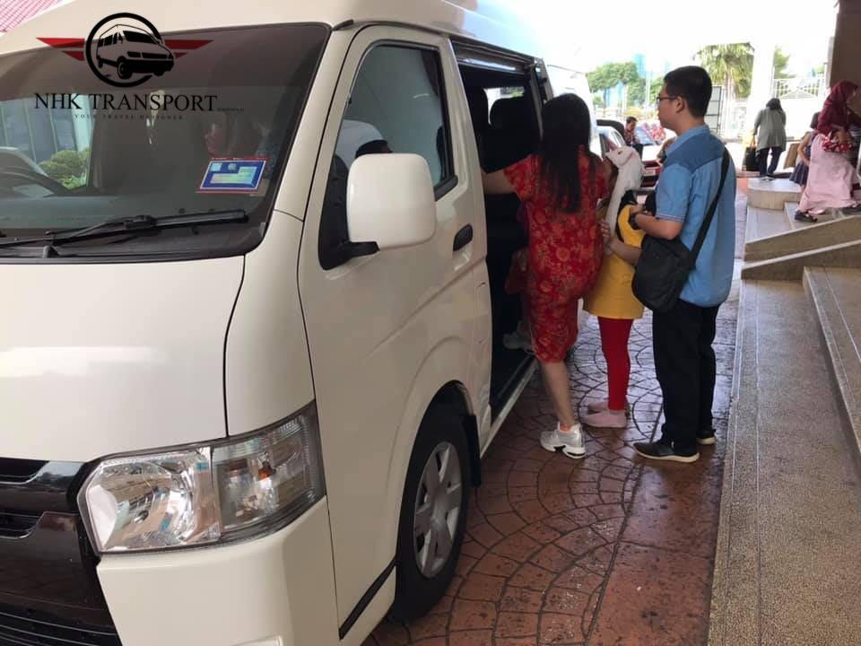 van with driver / shuttle van / airport van / transport service