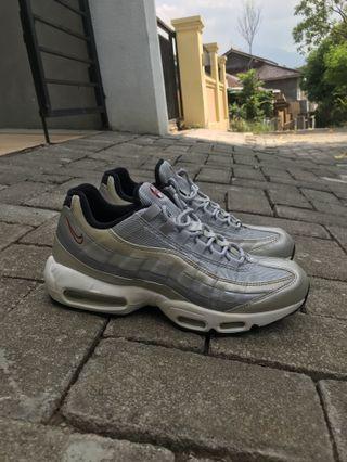 Nike airmax 95 silver bullet size 10,5 / 28,5 cm