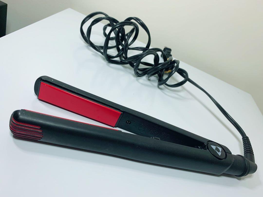 Avanti Nano Silver Tourmaline Flat Iron / Hair Straightener