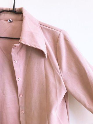 粉藕色襯衫