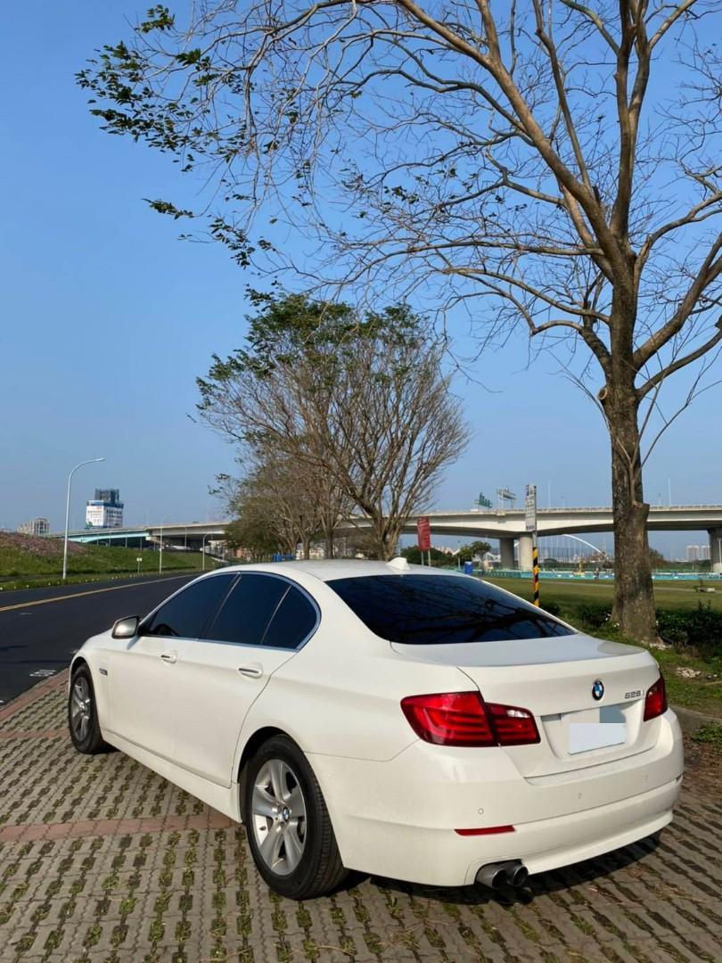 自售 f10 528i 改款後 2.0 室內車 原版件 無事故 無泡水 便宜賣