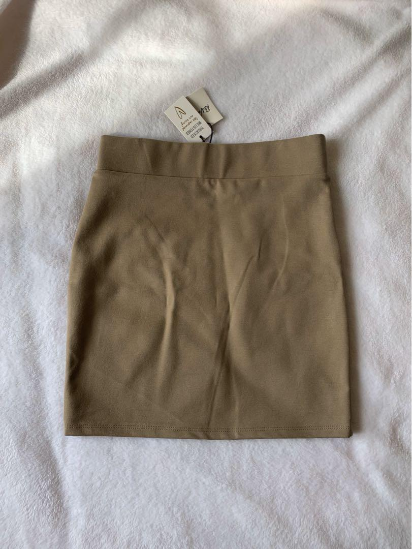 BNWT High Waisted Army Green/Beige Tight Fitted Skirt