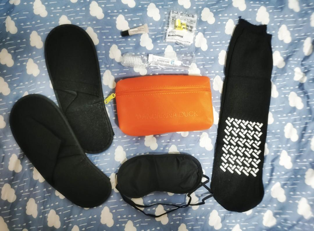 Mandarina Duck Travel Amenity Kit by Turkish Airlines - SORRY NO DEALING DURING MCO
